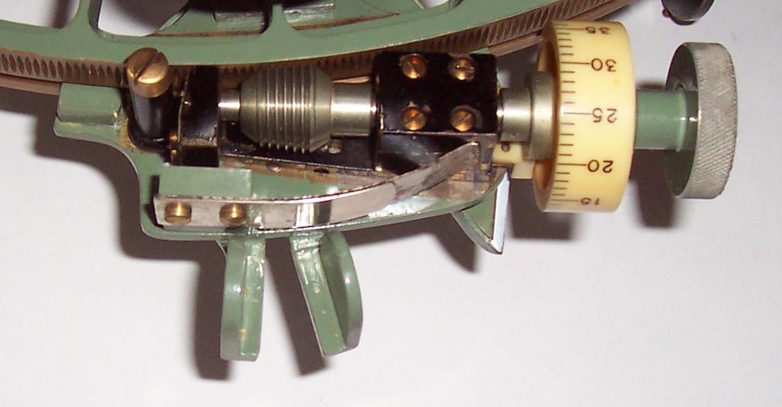 micrometer-detail