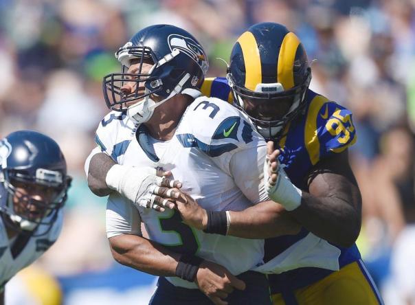 La defensa de los Rams estuvo encima de Wilson Foto:http://www.therams.com/