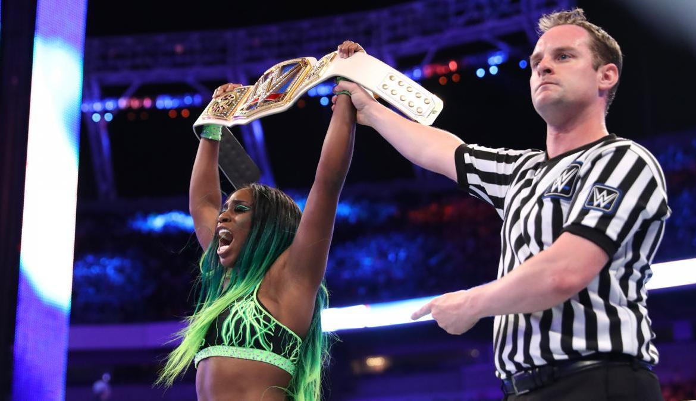 Naomi asume el título femenino de SmackDown por segunda vez en Wrestlemania  33 - Sexto Anillo