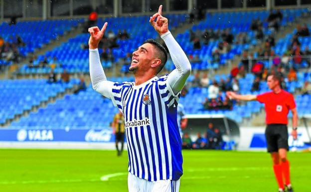 Merquelanz celebra un gol esta temporada en Zubieta (Foto: Diario Vasco)