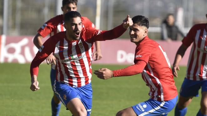 Víctor Ruiz celebra el único tanto del partido