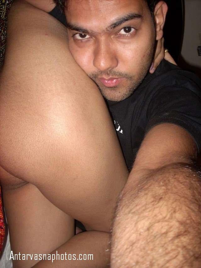 girlfriend ki gaand ke sath sexy selfie
