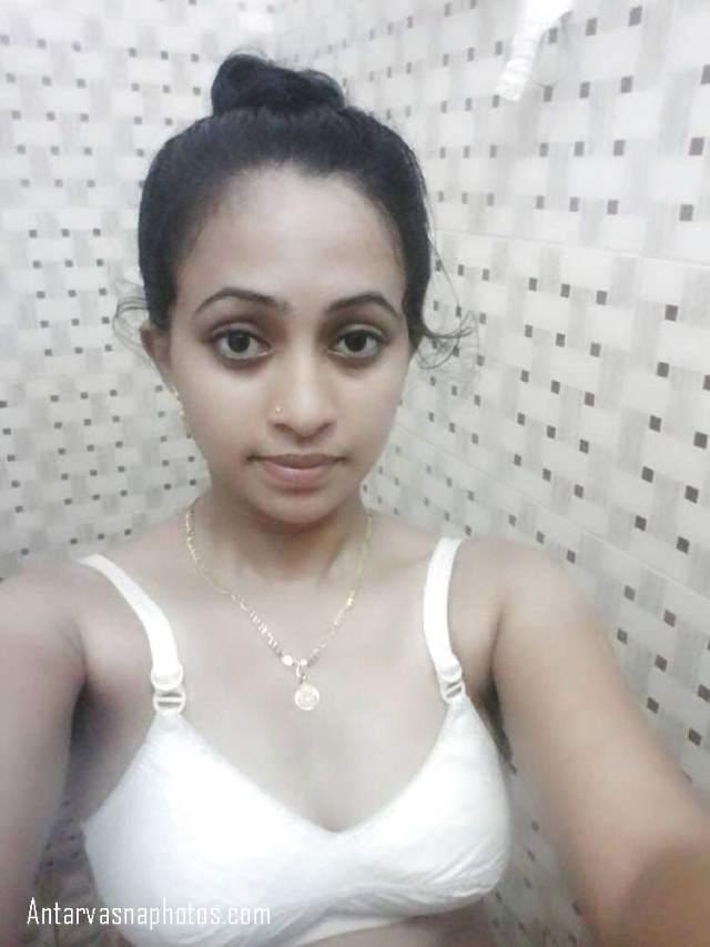 bathroom me bra me vidhya