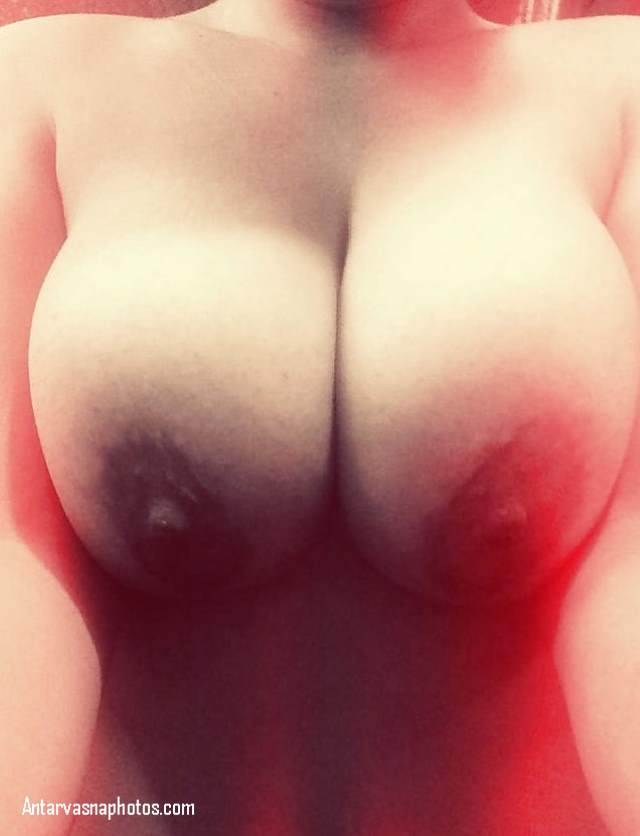 sexy desi big boobs tarbooj jaise latke