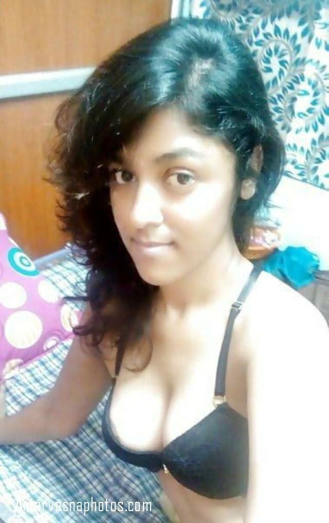 hot cute girl smile deti