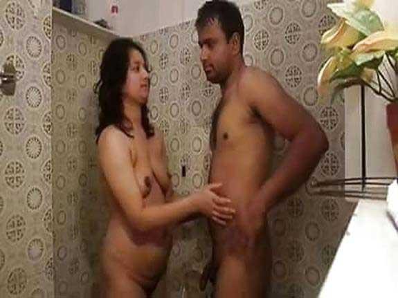 Bathroom mein sex wali pics