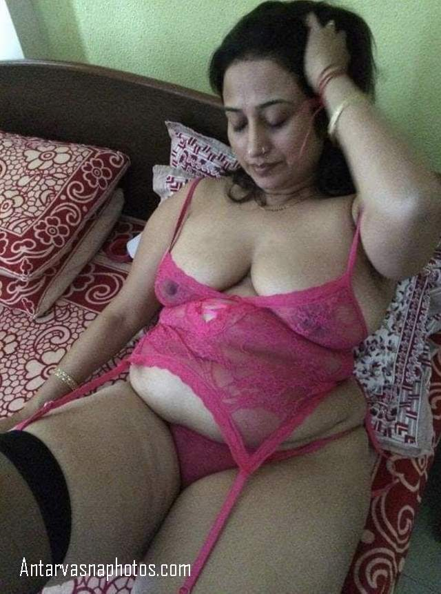 indian bhabhi sexy night dress me