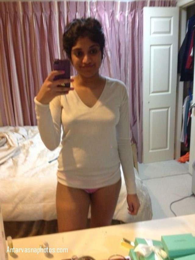 hot desi girl riya