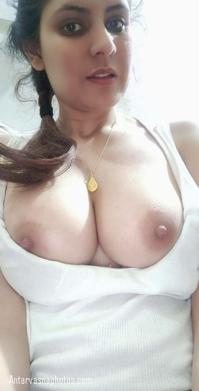 Anjali bhabhi ki big boobs