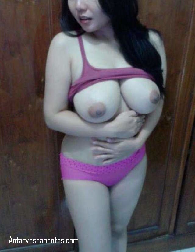 big boobs wali nude hot girl