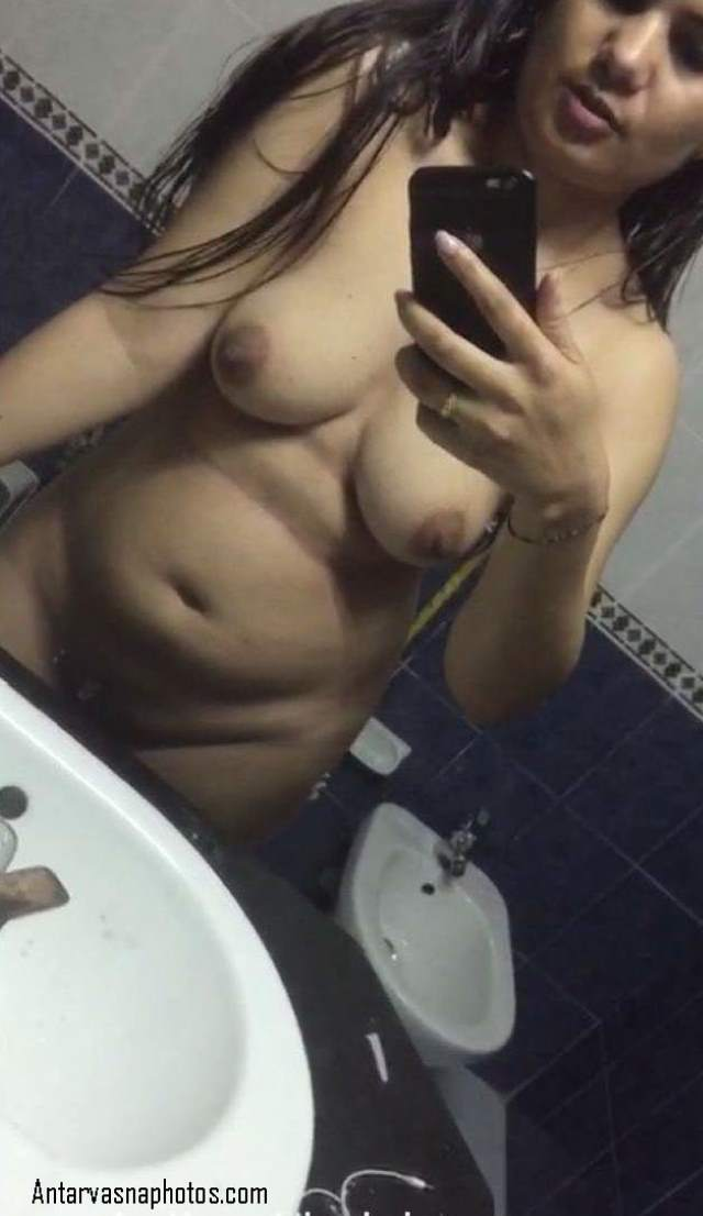 indian bhabhi sonali nangi shower me