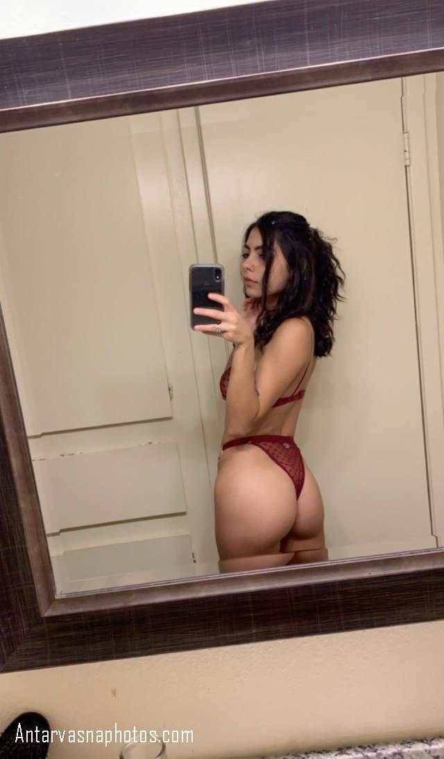 bathroom me panty me selfie