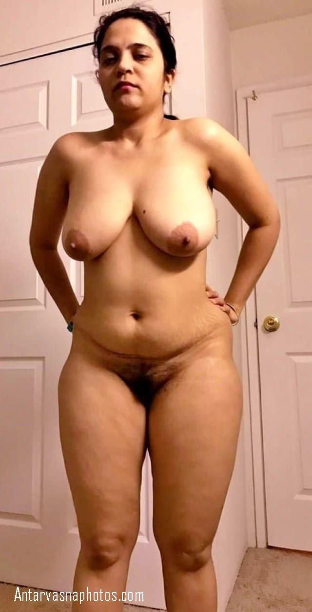 sexy padosan aunty ki jhaanto wali choot