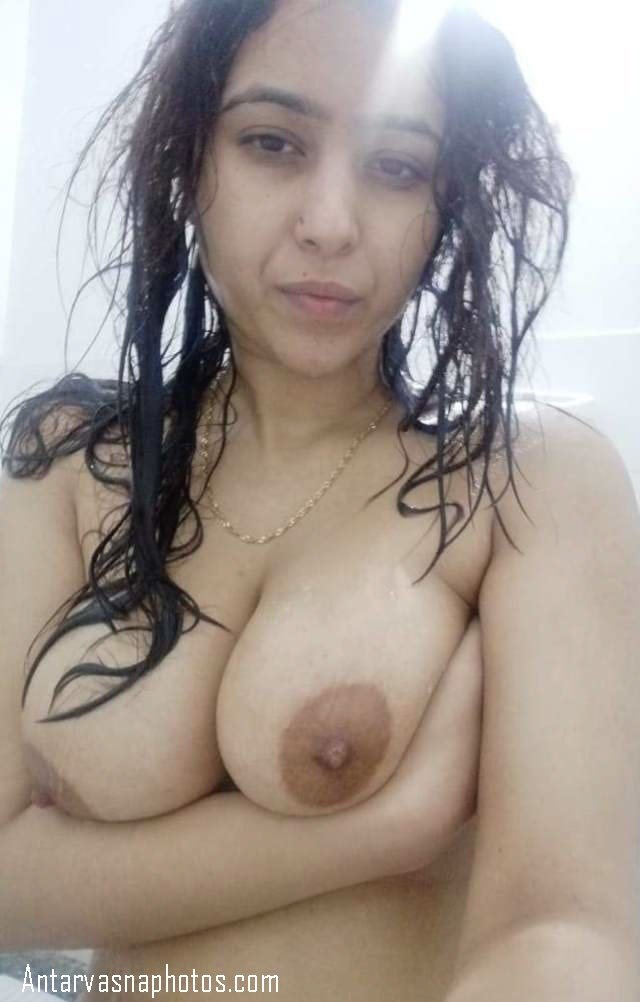 nude indian girl boobs photo
