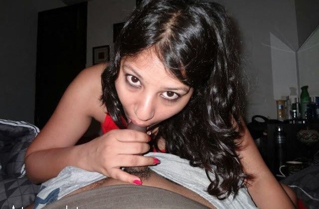 indian sexy sali ki jija ko blowjob