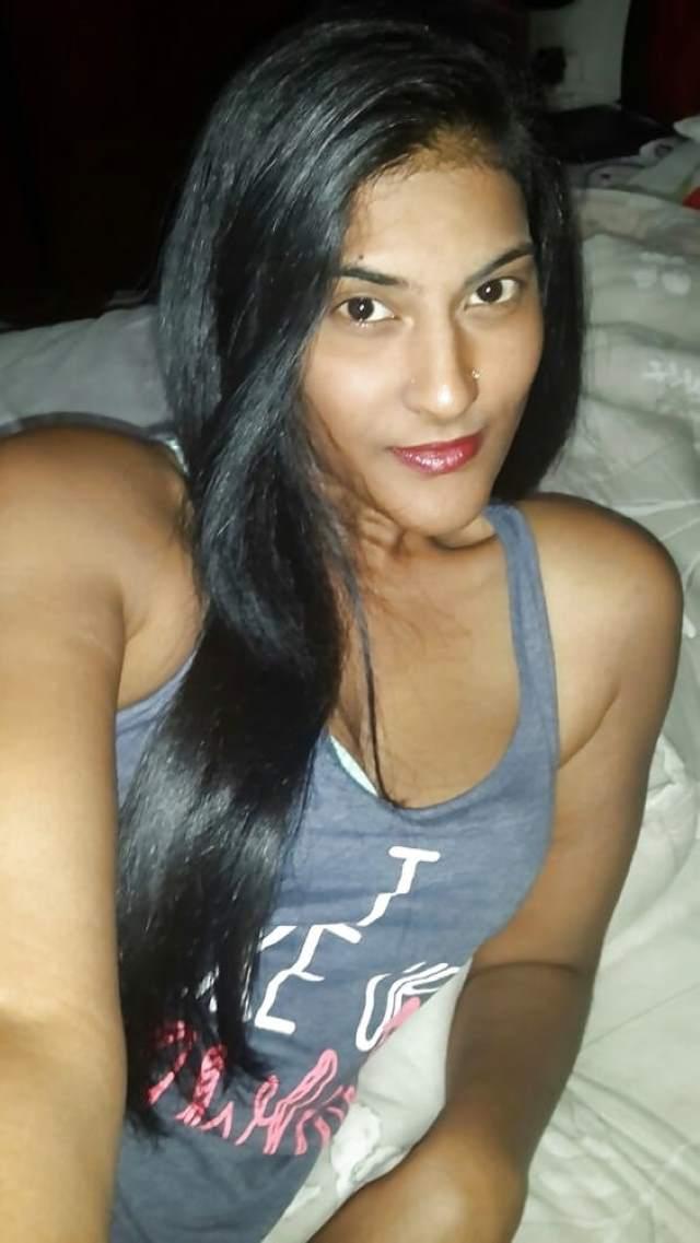sexy girl ki chudasi aakhain