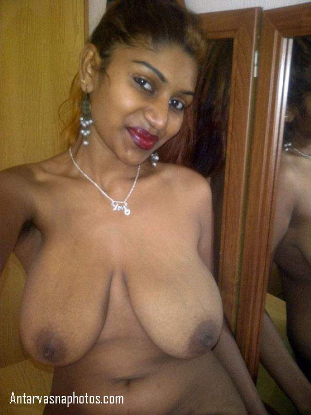 sexy indian aunty ki vasna bhari smile