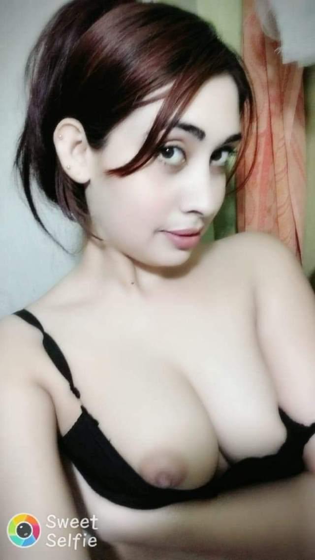 hot boobs wali punjaban bra utari
