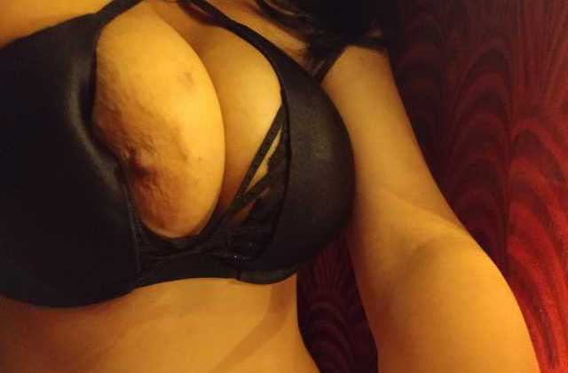 hot mood me desi bitch