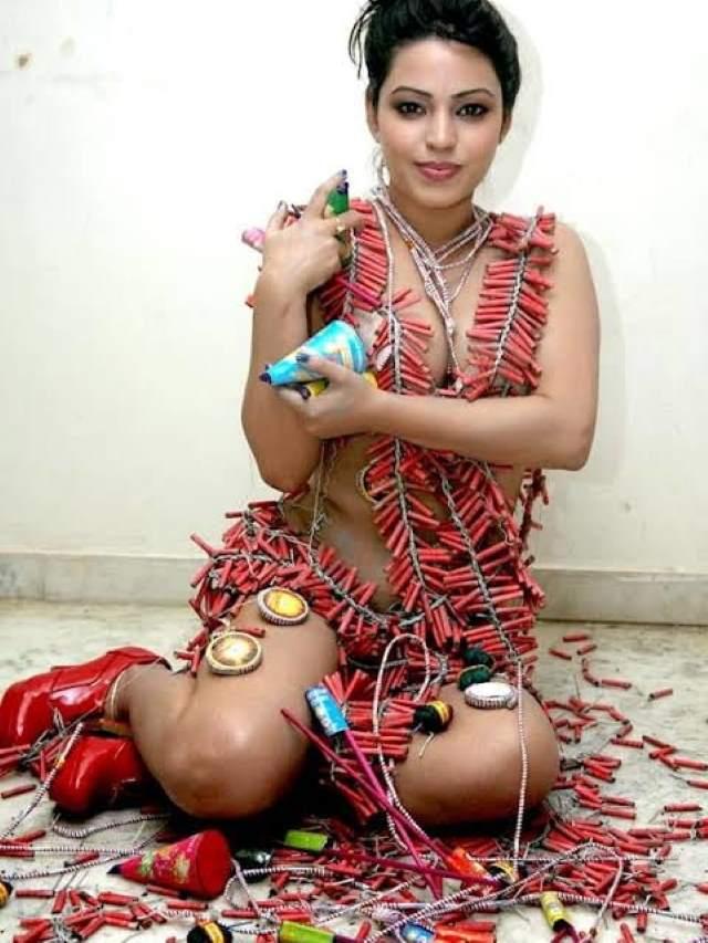 happy diwali patakha girl