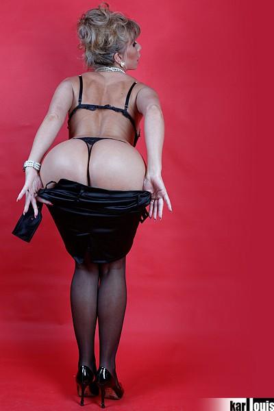Francesca Felucci Blonde Or Black? 04