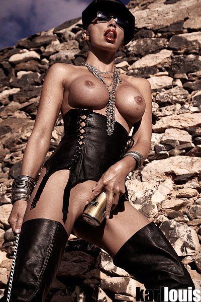 Francesca Felucci Domina Dorada Especial_0586_rr