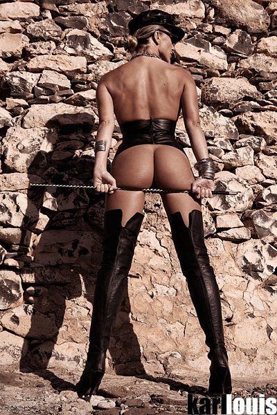 Francesca Felucci Domina Dorada Especial_0615_r