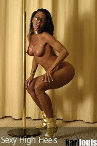 Elizabeth Carson Golden Boots 07