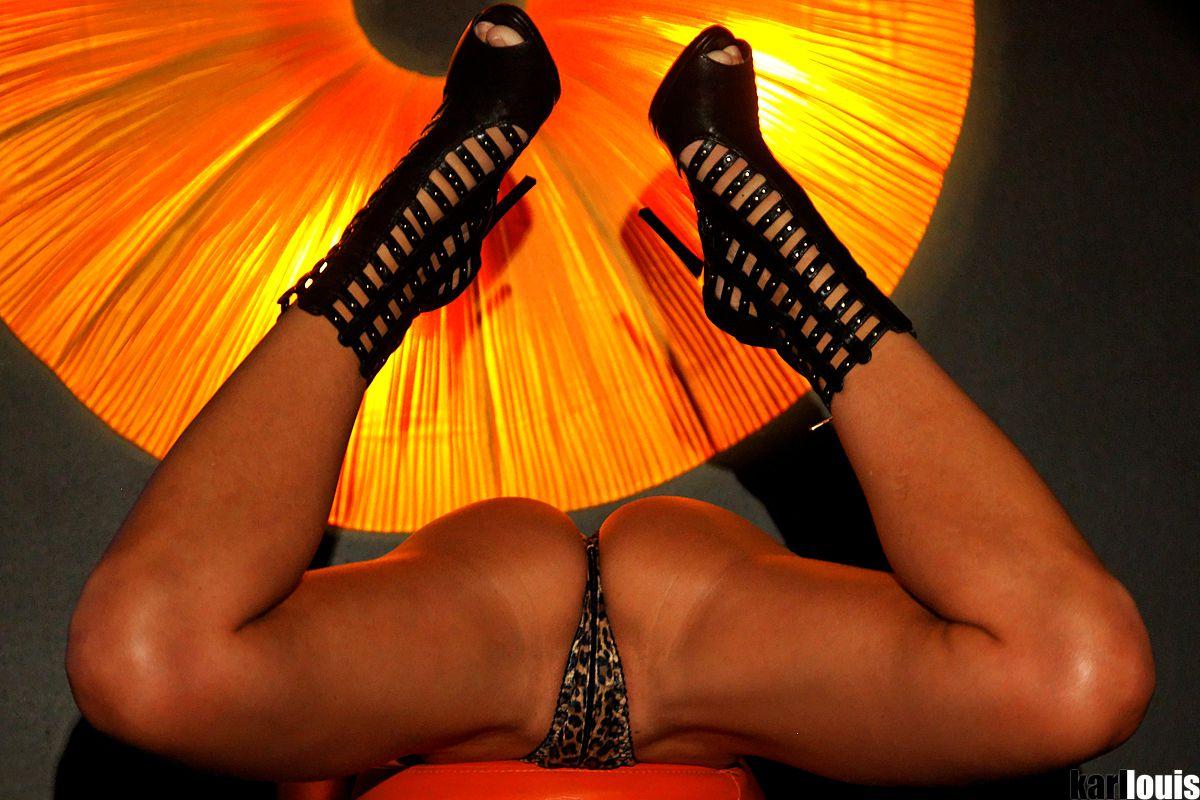 Francesca Felucci Chica Dance featured