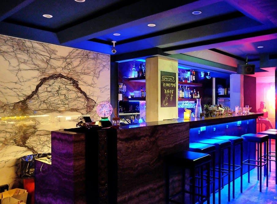 臺中酒吧-舟舟酒館 Chu Chu Bar - 香香夜生活入口 - 酒吧酒店按摩推薦