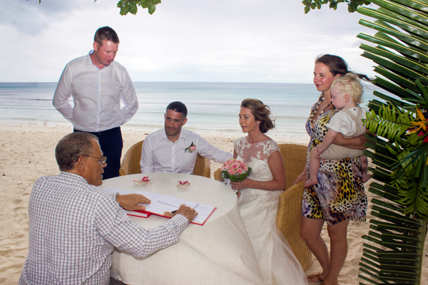 Wedding_Photography_in_Seychelles_gary_Debbie_ (14)