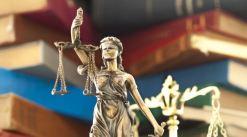 ideal hukuk Kürsüsü ile ilgili görsel sonucu