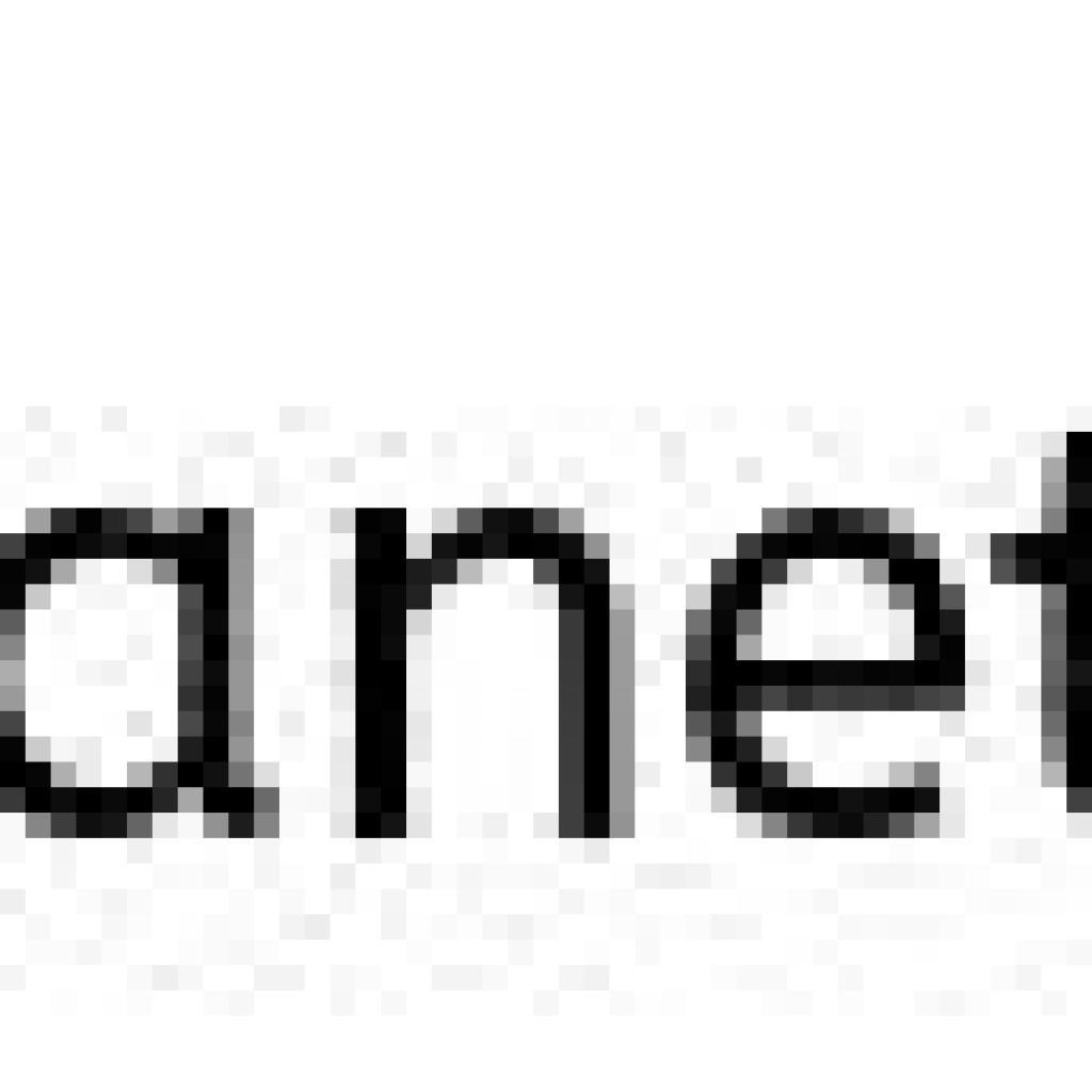 à gauche photo de la robe Lexia du lookbook Sézane, à droite Instar