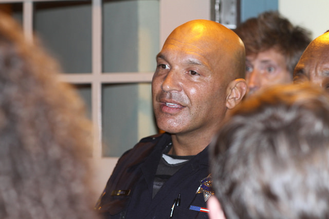 SFPD Sergeant Frank Harrell speaking to the crowd at Park Station. SFBC/Flickr