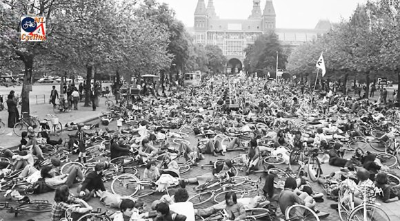 It took protests such as this to get safe infrastructure in the Netherlands. Photo: BicycleDutch Blog.
