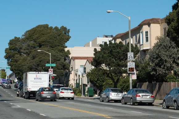 SFMTA hopes to install more of these speed signs to remind drivers to slow down. Photo: SFMTA
