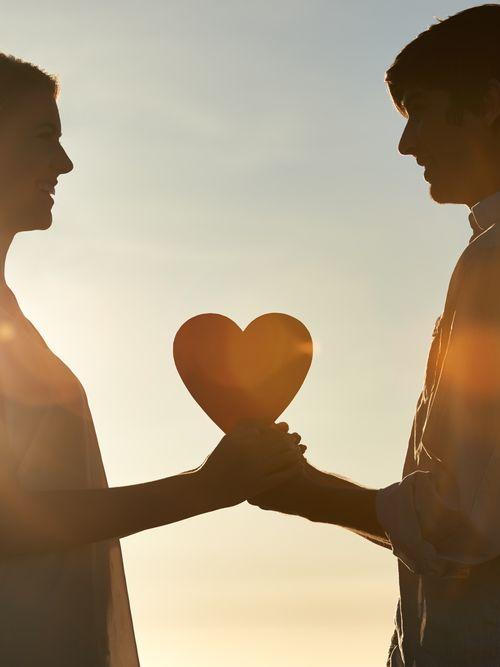 Pourquoi Le Premier Amour Est Inoubliable : pourquoi, premier, amour, inoubliable, Amour, Jeunesse, Dossier, Complet, Magazine