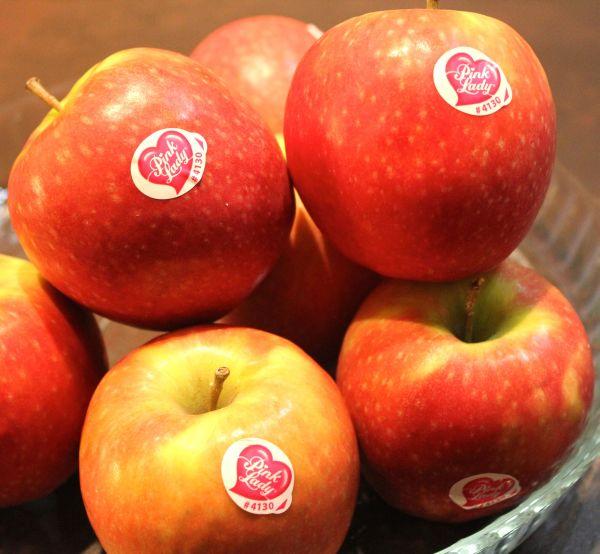 eticheta-de-pe-fructe