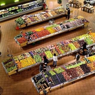 Care sunt fructele si legumele care contin cele mai multe pesticide