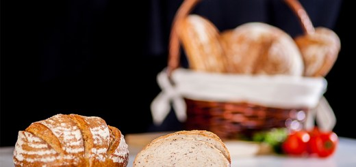 Secretul-simplu-al-celei-mai-sanatoase-paini-de-casa