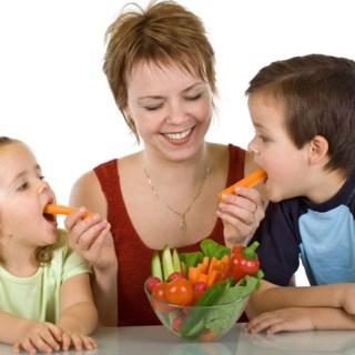 O-tara-din-Europa-vrea-sa-ii-trimita-la-inchisoare-pe-parintii-care-impun-copiilor-o-dieta-vegana