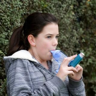 Cum treci peste criza de astm si cum o poti prevenii in mod natural