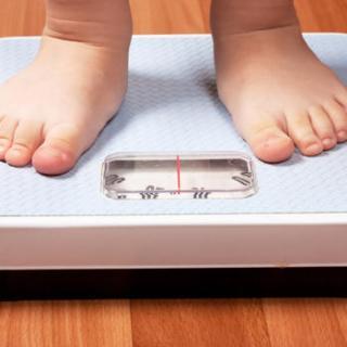 RAPORT - Obezitatea in randul copiilor. In 16 tari europene, numarul persoanelor obeze a crescut ingrijorator