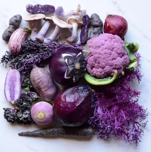 alimente cu pigment violet