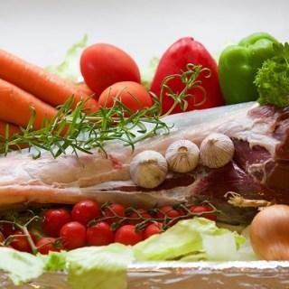 3 retete sanatoase cu carne si legume