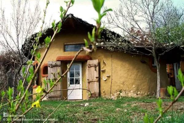 casa-din-cob 2