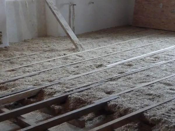 izolarea-casei-cu-materiale-naturale