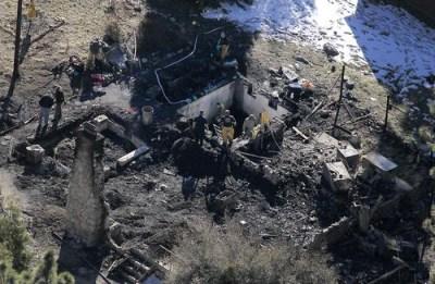 Christopher Dorner believed inside cabin burned to ground San Bernardino Mtns 021313 by Brian van der Brug, LA Times