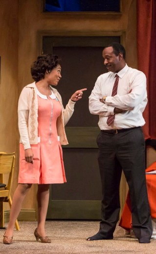 GÇÿThe MountaintopGÇÖ Simone Missick as maid Camae, Adrian Roberts as MLK at TheatreWorks Palo Alto 0313 by Tracy Martin