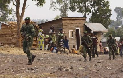 Congolese troops advance toward M23 outside Goma 0716 by Kenny Katombe, Reuters, web